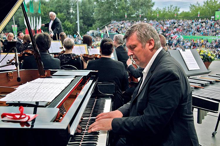 Самое крупное культурное мероприятие, которое запланировано вТатарстане наближайшее время— это Международный музыкальный фестиваль Бориса Березовского «Летние вечера вЕлабуге»