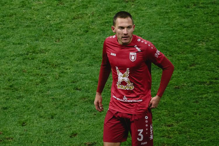 «Рубин» рассматривает варианты суходомМихаила Меркулова, причём имеются предложения сразу отдвух команд РПЛ идаже одного клуба изчемпионата Хорватии