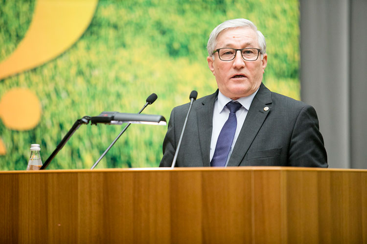 По оценке председателя ассоциации фермеров и крестьянских подворий РТ Камияра Байтемирова, республика не досчитается как минимум 30% зерновых