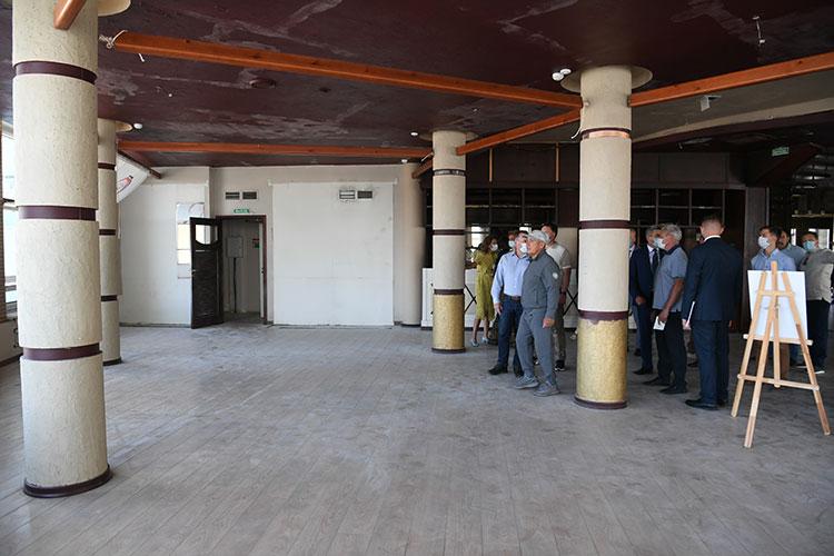 Из ресторана президент РТ поехал в комплекс бывшей обувной фабрики «Спартак».