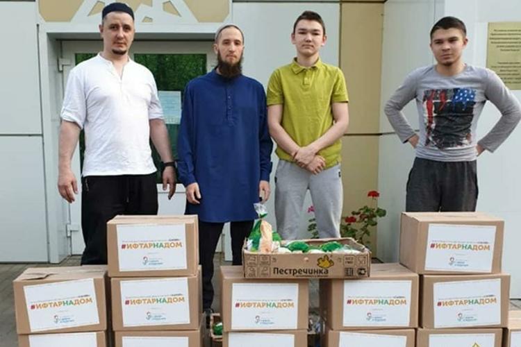 «Мынесосредотачиваемся только насвоих проектах. Унас есть сообщество благотворительных фондов— Координационный совет Татарстана, совместно стремимся наиболее рационально помочь большему количеству нуждающихся»
