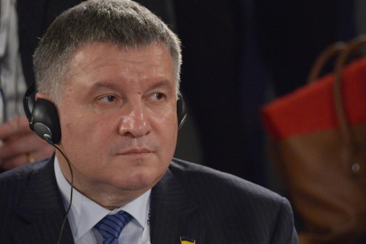 Высказывались версии, что Аваков ушел после встречи Зеленского с американцами, которые решили министра внутренних дел отстранить