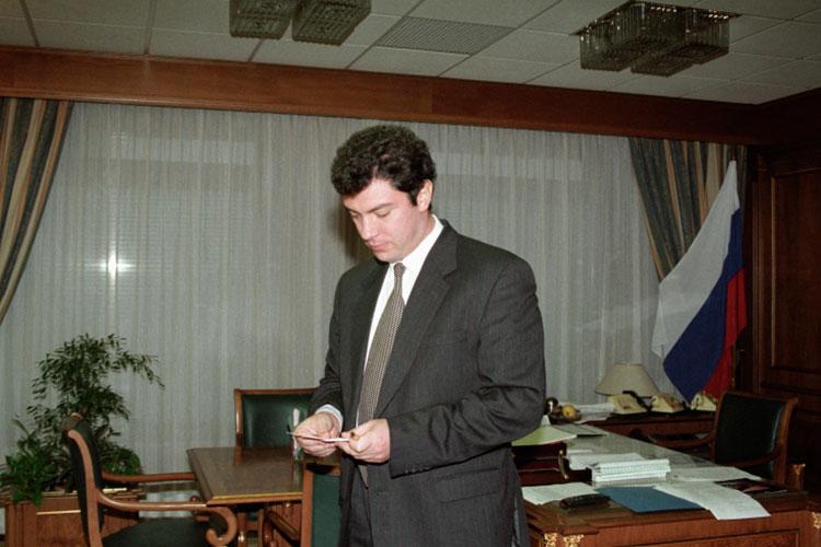 После того, как Немцова назначили председателем комиссии, темпы нашей работы возросли многократно. Как говорится, все понеслось