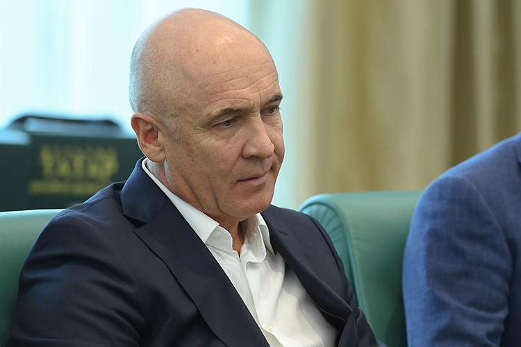 Возглавляет рейтинг крупнейший строитель дорог Татарстана, государственное АО «Татавтодор», возглавляемое Айратом Шаймиевым