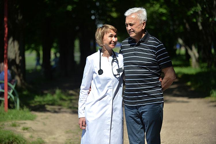 «Жена тоже родом из Лениногорска — она закончила КГМУ, интернатуру у профессора Рената Акчурина»