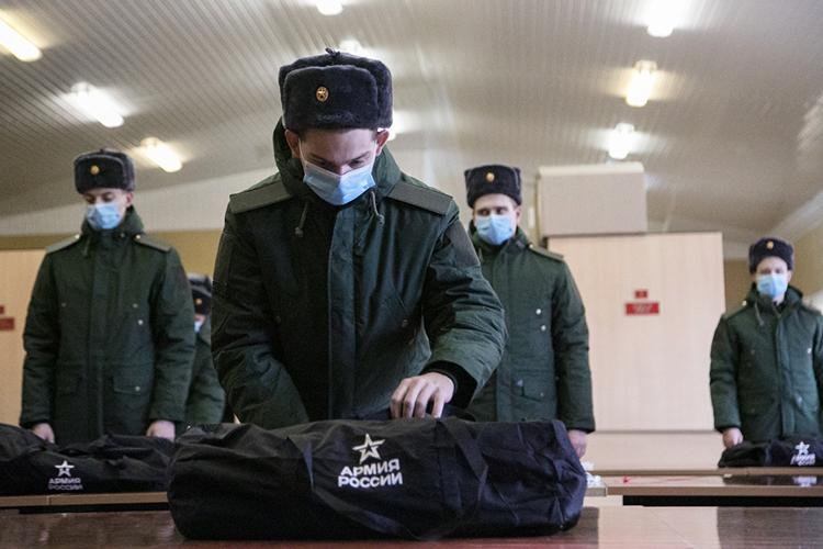 Ввесенний призыв 2021 года навоенную службу отправились 700 казанцев, изкоторых 103 выпускника вуза и367 средне-специальных учебных заведений