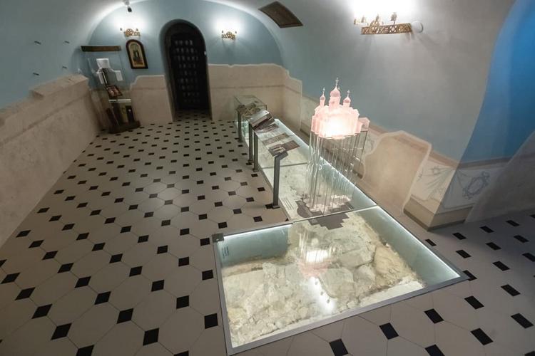 Нашли и фундамент храма XVI века — он сохранился в хорошем состоянии