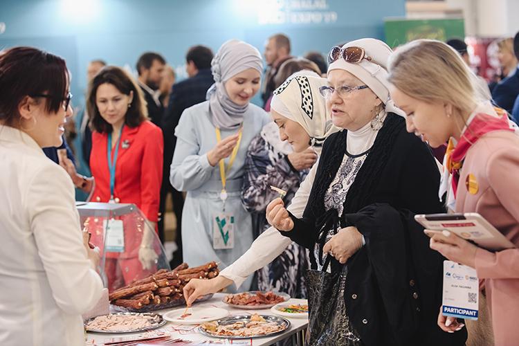 ДУМ РТ планирует провести всероссийский гастрономический фестиваль продукции «халяль», чтобы познакомить гостей с«широким ассортиментом татарской кухни» икухни народовРТ. Наэто аппетитное дело просят 5млн рублей