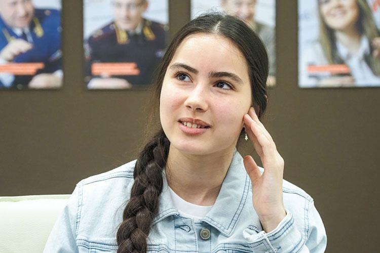 Саида Мухаметзянова: «Мне уже предлагали пойти на взрослый «Голос», чтобы уже позабыли того ребенка Саиду. Но пока сама не хочу участвовать во взрослом «Голосе», не вижу для себя смысла»