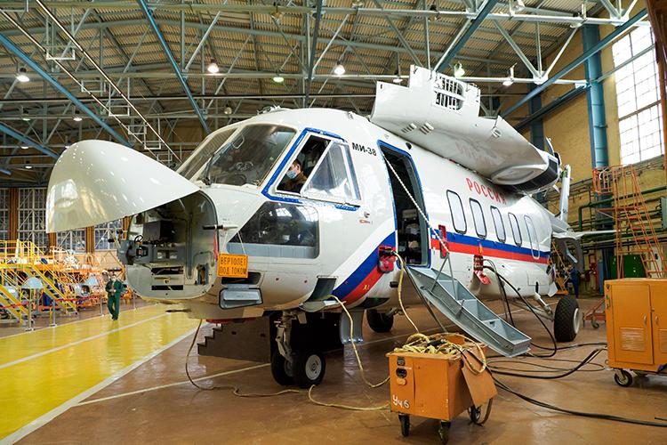 По по информации источников, сегодня КВЗ делает еще 11 Ми-38. Два — для одной из стран Юго-Восточной Азии. Четыре — вертолеты в VIP-исполнении для минобороны. Пять — для авиакомпании «Россия»
