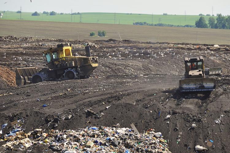 Сначала реализации мусорной реформы прошло уже более двух споловиной лет, нозаэто время вТатарстане непостроено ниодного межмуниципального полигона, ниодной сортировочной станции инет ниодного экотехнопарка спрофилем переработки отходов
