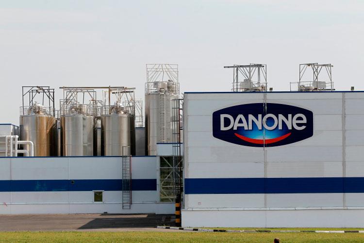 В тройку лидеров-2020 по выручке вошли последовательно компании Danone Россия, PepsiCo Россия («Вимм-Билль-Данн») и ГК «Ренна» (сгущенное молоко, мороженое, бренды «Коровка из Кореновки», «Густияр», «Алексеевское» и др.)