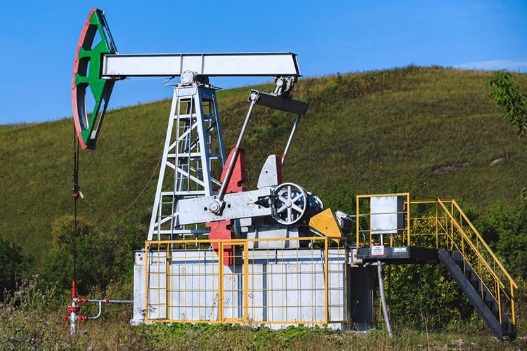 Объем работ поповышению нефтеотдачи сниженв2,6 раза до217 скважин, гидроразрывы сокращены в10,7 раза до24 скважин, абурение новых скважин обнулилось.