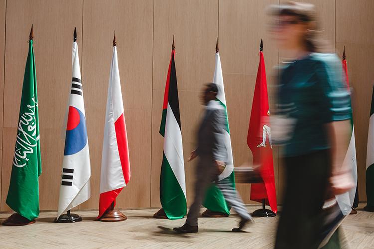 На трехдневный международный форум«Россия— Исламский мир: KazanSummit-2021», судя по информации, ждут 5000 участников из 72 стран мира и 38 регионов РФ
