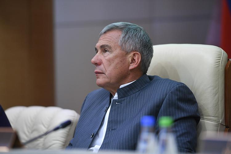 Рустам Минниханов: «Мырадуемся, что налог наприбыль растет, новтоже время 27 процентов наших предприятийсработали субытками»
