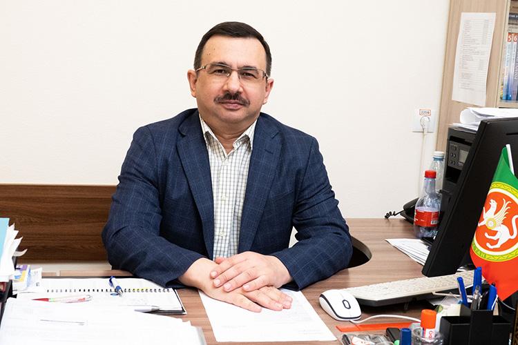 Марат Гибатдинов: «Наши труды широко известны ивРоссии, ивмире. Можно сказать, что институт пользуется уважением внаучном сообществе, имеет свой бренд»