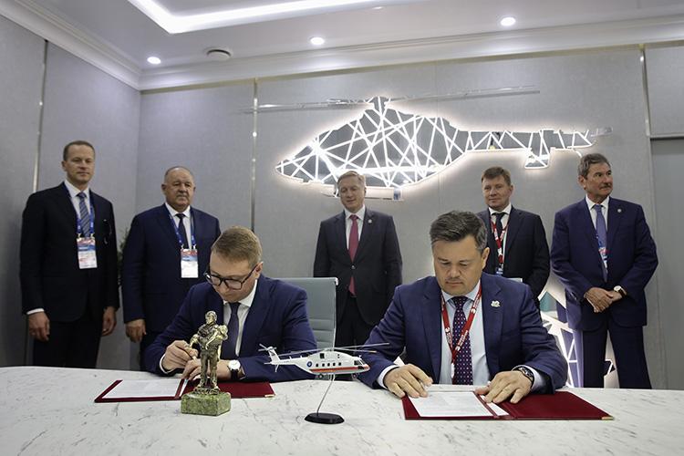 Уже в2023 году «Вертолеты России» должны поставить МЧС РФпервый Ми-38, выполненный варктическом варианте, идоконца 2024-го передать министерству еще 8 такихже машин. Соответствующий контракт заключили наМАКСе-2021