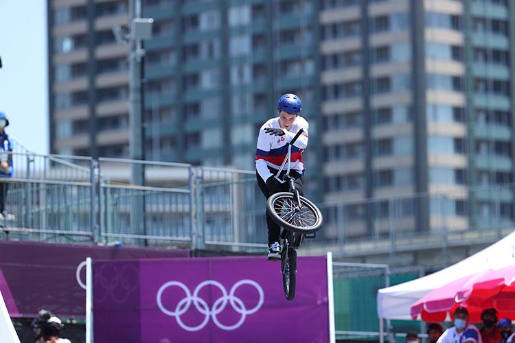 Вторая травма, как назло, произошла всего два месяца назад, можно сказать, в канун Олимпиады
