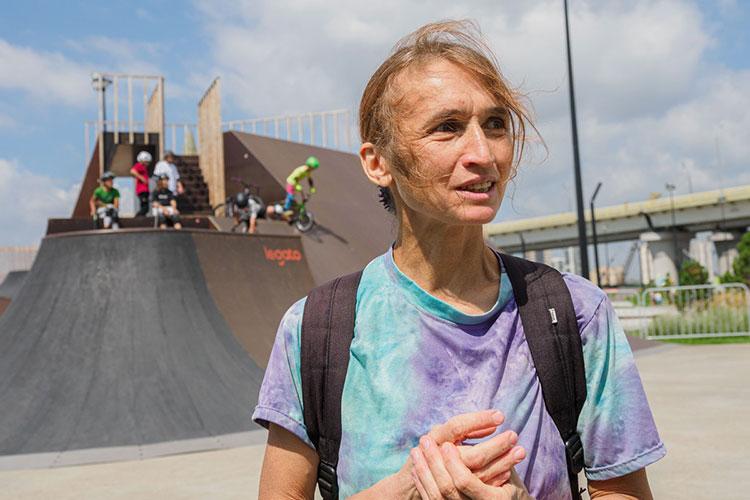 К тому, что сын едет на Олимпиаду, мама Земфира отнеслась спокойно, как, собственно, и сам Ирек Ризаев. «Я понимаю, что это большое событие. Но для нас спорт это стиль жизни»