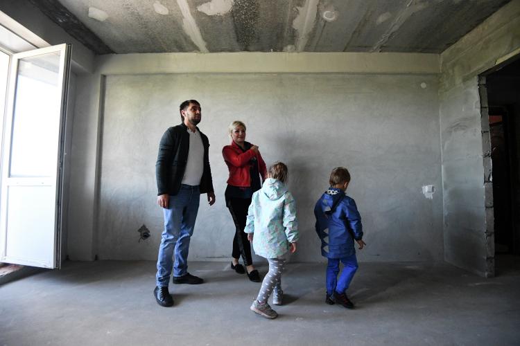 Соципотечники Татарстана, заключившие договоры займа сГосжилфондом при президенте Татарстана, теперь смогут воспользоваться государственной субсидией зарождение третьего ребенка вразмере 450 тысяч рублей