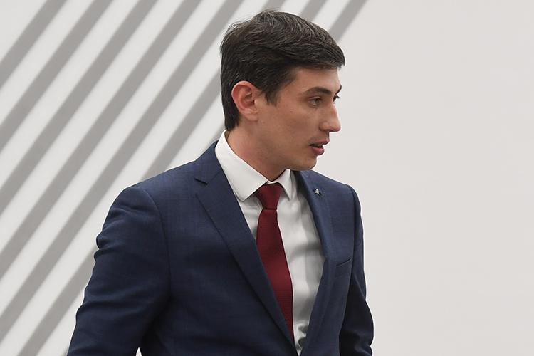 Иизрядную долю влияния набрал гендиректор «Унистроя»Радик Салимгараев, который пробует силы ивполитике, став депутатом Казгордумы