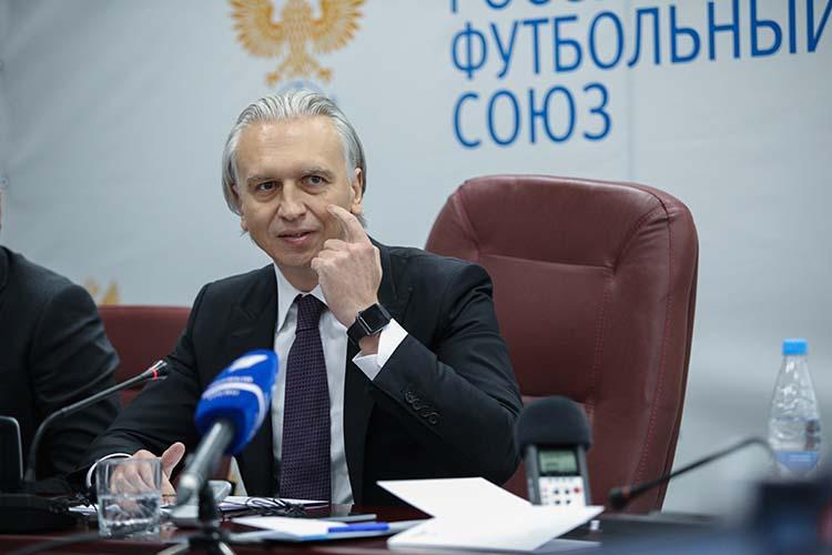Вподдержку продажи пива настадионахвыступили президент российского футбольного союзаАлександр Дюков