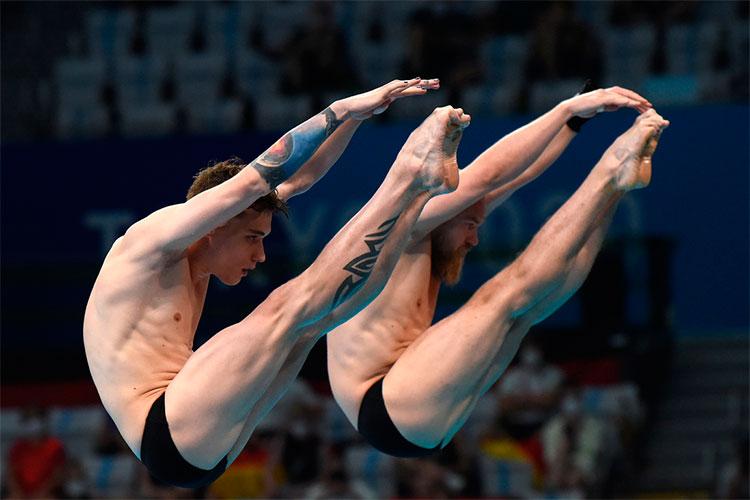 «Никиту Шлейхера (слева) заклевали. Последний прыжок, вроде «бронза» была вкармане— итут такое»