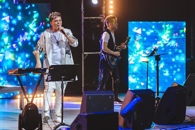 Известный певец ишоуменЭлвин Грей (Радик Юльякшин)все-таки отказался отсвоих слов,высказанныхвфеврале, когда пообещал неприезжать весь 2021 год сконцертами вТатарстан после «терок» сместным Роспотребнадзором