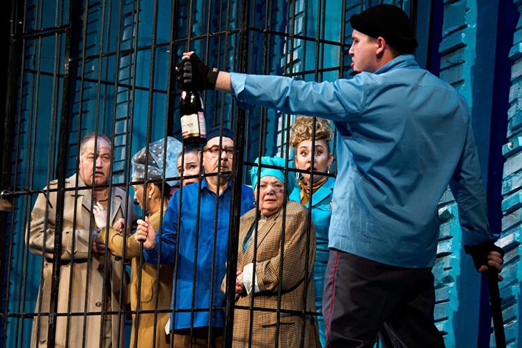 Имамутдинов задва сезона ставил вТинчуринском театре дважды— комедию «Полиционер», атакже поэтический спектакль «Иэтот мир»