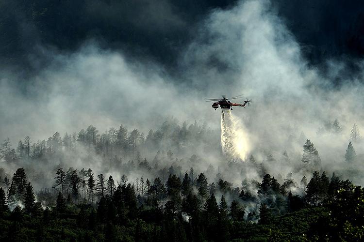 Власти запросили уМЧС еще один вертолет Ми-8 исамолет-амфибию Бе-200