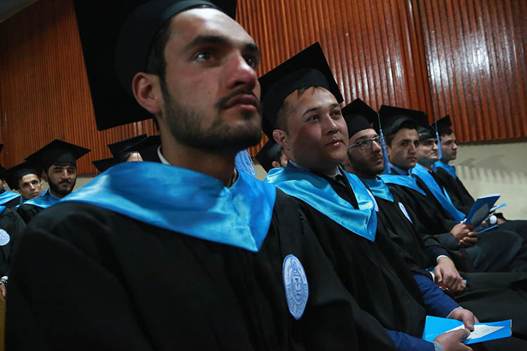 Сейчас афганские студенты рискуют пропустить учебу из-за военно-политической обстановки народине