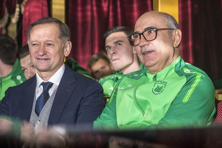 Из«Рубина» Бердыева ушел виюне 2019 года, ненайдя общий язык сосвоим старым соратникомРустемом Саймановым (слева)