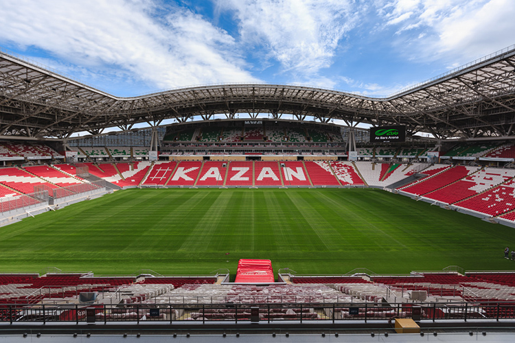 ВУЕФА дали понять, что обратили внимание напроблему стадиона скачеством поля ицеремониться небудут