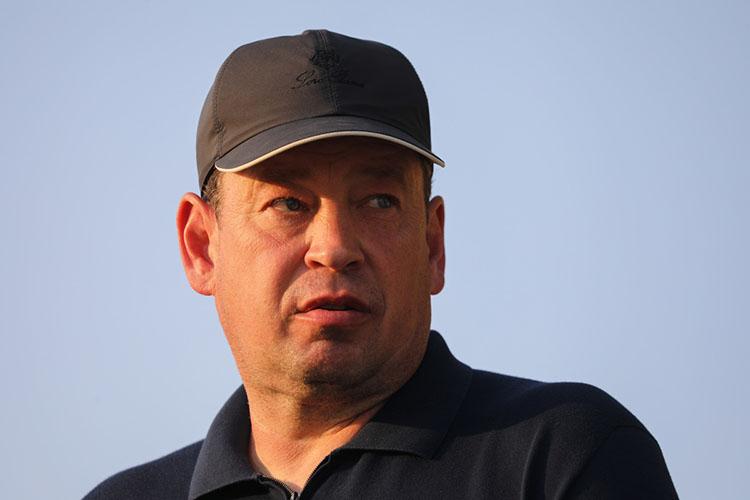 Даже всвоём гневном спиче поповоду газона на«АкБарс Арене» главный тренер «Рубина»Леонид Слуцкийнетребовал переезда наЦентральный стадион
