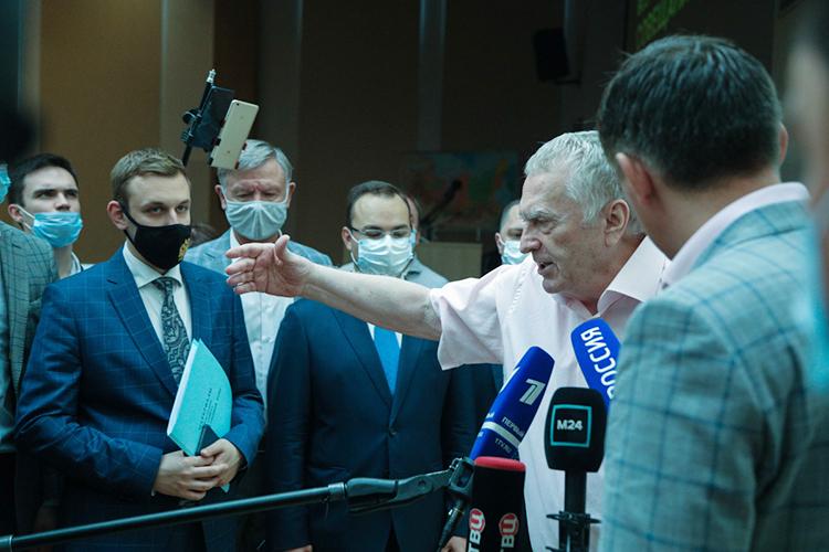 ЛДПР нестрадает отнехватки лидерского ресурса, который единолично слихвой покрываетВладимир Жириновский