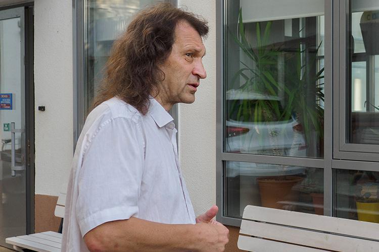Переполненность «Адымнар» Павел Шмаков объясняет тем, что вшколу вложены колоссальные средства, илюди потянулись туда, где «дорого-богато»