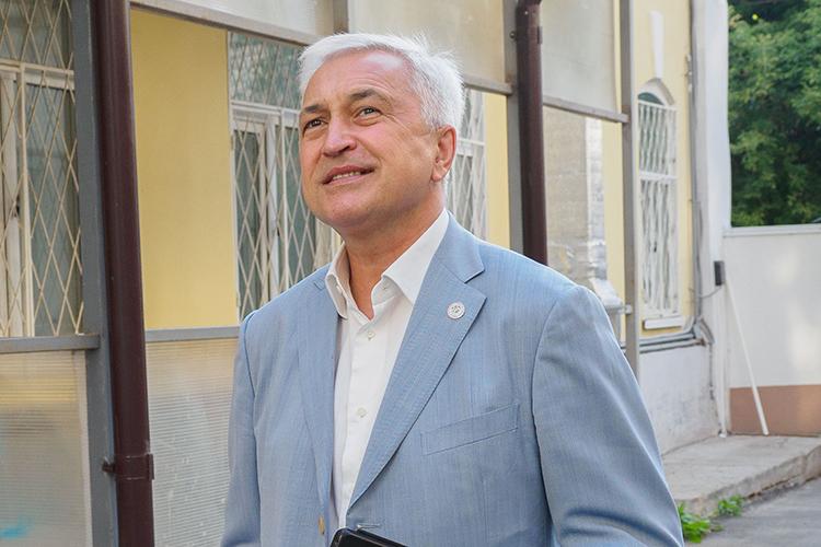 Азат Ягафаров –лоббист высокого уровня, благодаря которому«Татнефть»отстаивает свои интересы ввысоких кабинетах, выбивая льготы, отбиваясь отатак.