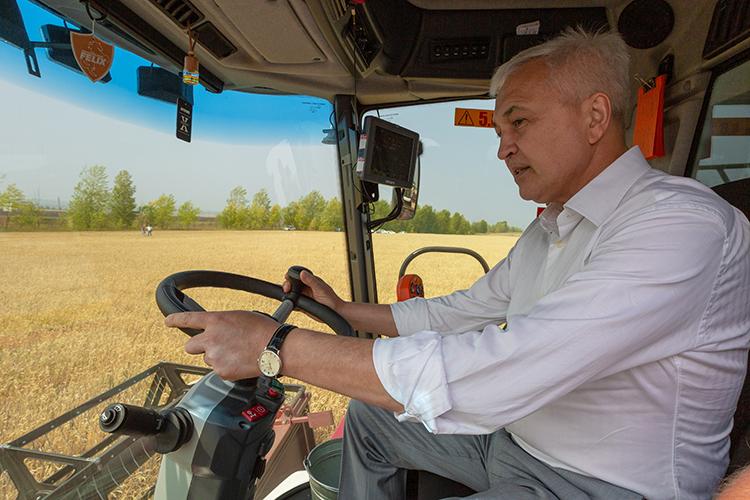 «Явидел, что врайонах появляются большие современные фермы. Благодаря республиканским программам всело идут частные инвестиции»