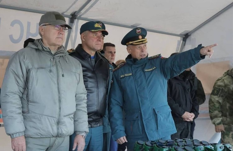 ВНорильске Зиничев находится срабочим визитом, связанным спроведением масштабных межведомственных учений вАрктической зоне, которым дал старт накануне