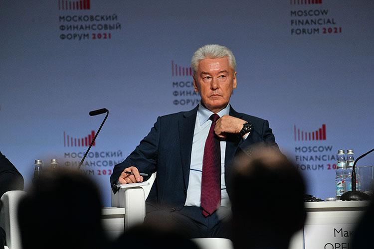 Сергей Собянин: «Мыпытаемся все инвестиции запихать впромышленность. Ачтобы инвестировать вуслуги, нужно потребление этих услуг, причем концентрированное. Это возможно только там, где есть концентрация населения»