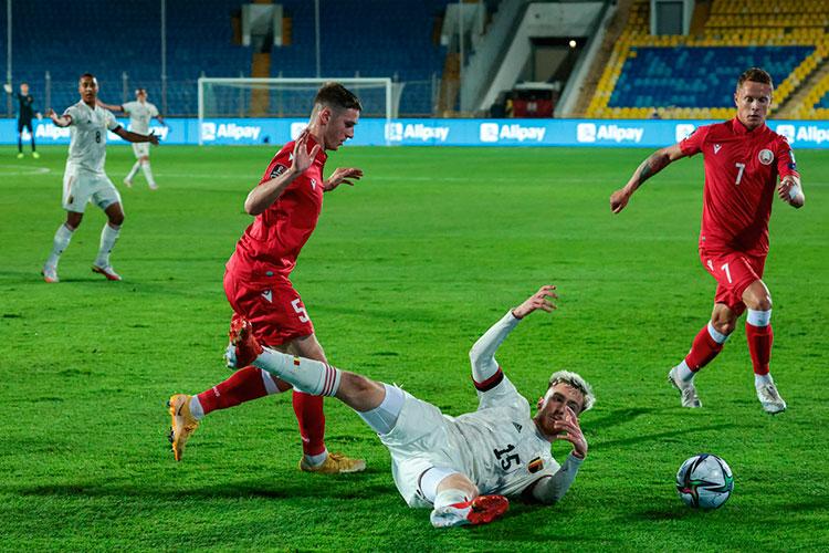 Проведя наЦентральном матчи против очень серьёзных Бельгии иУэльса, белорусы решили остаться вКазани. Поинформации «БИЗНЕС Online», команда проведет унас иматч против Чехии