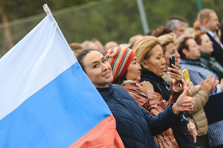 «Россиянам и белорусам будут гарантированы равные права и возможности в экономической и социальной сферах и, самое главное, будут созданы все необходимые условия для реального повышения уровня жизни и благосостояния наших граждан»