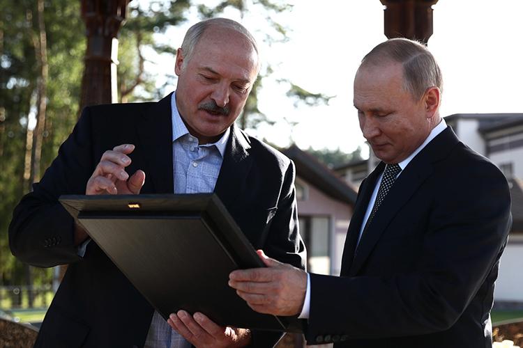 Накануне в Кремле президент России Владимир Путин и белорусский лидер Александр Лукашенко согласовали экономическую интеграцию