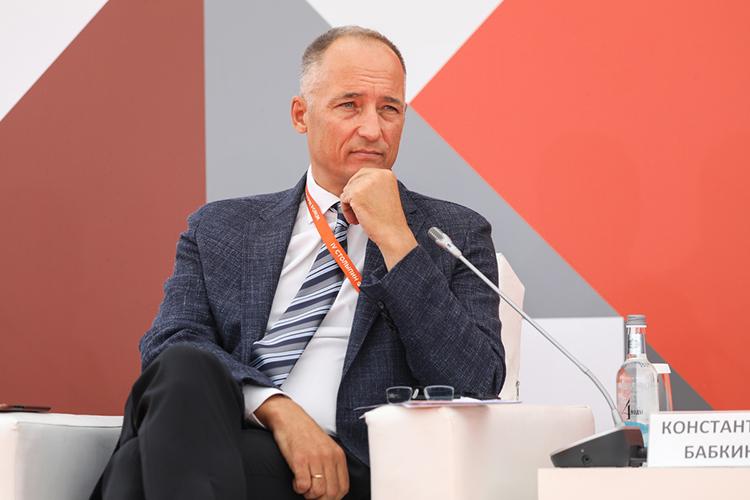 Константин Бабкин:«Меня раздражает, что бедные впроцентах платят больше, чем богатые. Вэтом плане яхотелбы больше социализма, больше справедливости»