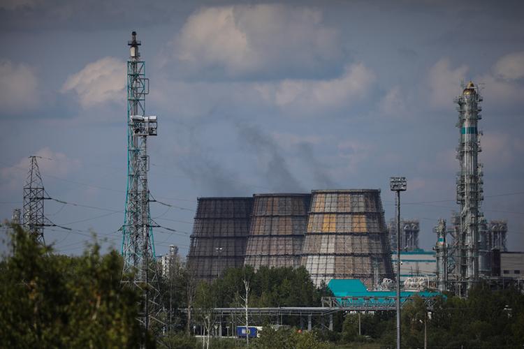 «Выручка «Сибура» заполугодие посравнению ссопоставимым периодом прошлого года выросла на59,0% до374,24млрд рублей»