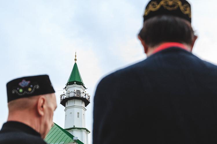 «Татарстан врелигиозной сфере впереди всех. Реализуется масса социальных благотворительных программ»