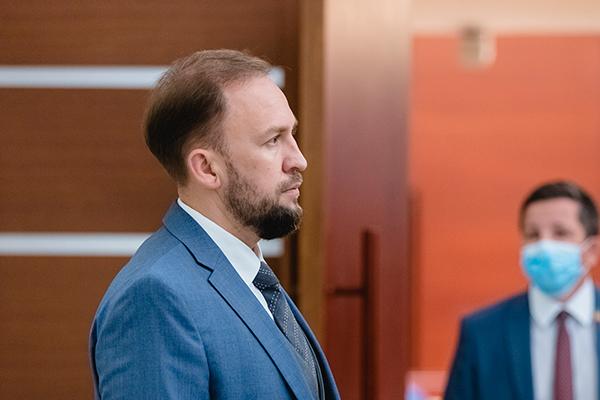 Альмир Михеев:«Три миллиарда наковид— это вущерб каким-то другим расходам или это отдельная статья?»