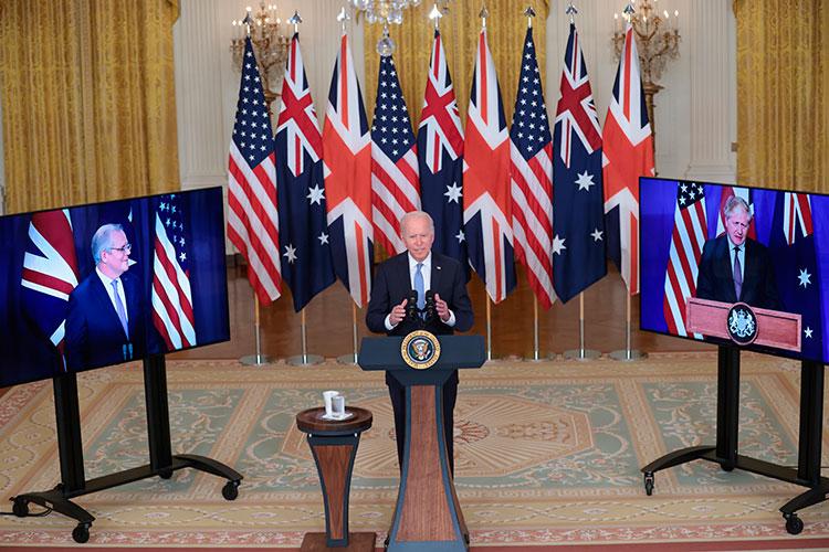Накануне стало известно осоздании тройственного военно-политического союза AUKUS набазе США, Британии иАвстралии