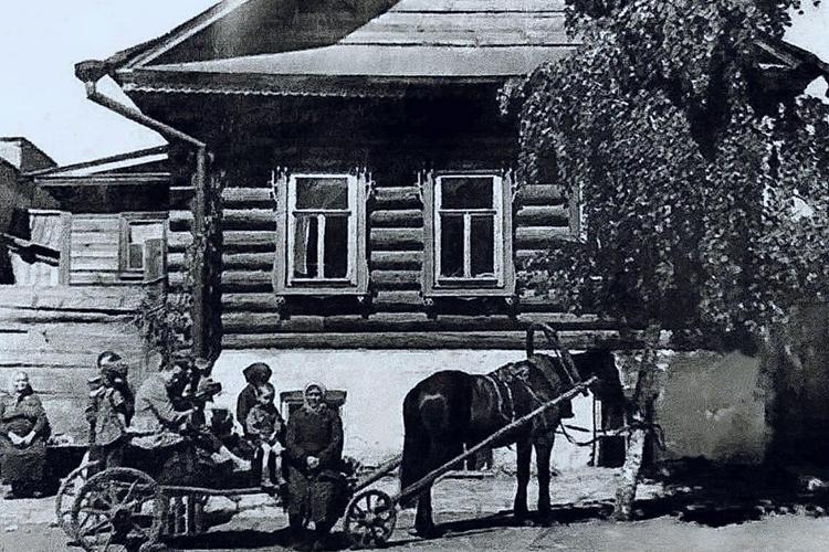 Дом в Елабуге, где родился и жил писатель