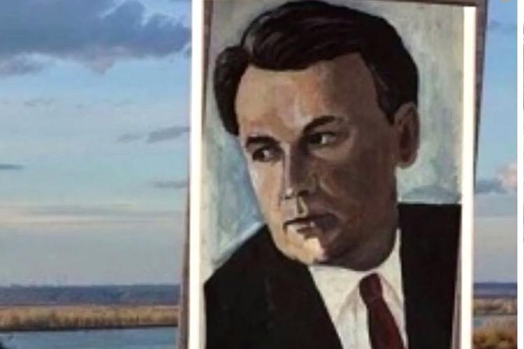 ВЕлабуге в2007 году был издан однотомник, сборник избранных произведенийСтанислава Тимофеевича Романовского